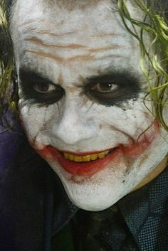 Huffington Post: April 5, 2015 - Five stories you've never heard about Heath Ledger as the Joker