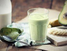 Een lekkere ontbijtsmoothie! Ideaal om je ochtend mee te starten! #ontbijt #gezond #smoothie http://www.gezond.be/romige-banaan-avocado-smoothie/