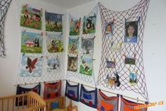 Dekorační síť Picture Wall, Advent Calendar, Holiday Decor, Crochet, Wall Pictures, Home Decor, Frames, Organization, Decorating