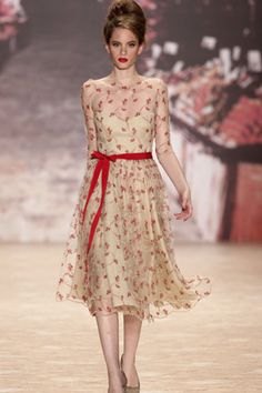 For those of you who want to sweet'n up your holiday event, Lena Hoschek's dress is for you.