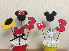 Mickey Mouse y Minnie Mouse cumpleaños centros de mesa  grupo
