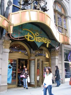 World of Disney Store - Fifth Avenue Shopping Tour -- Stores Along Fifth Avenue in Midtown Manhattan
