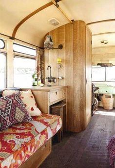 La Maison Boheme: Easy Breezy Boho -very vintage - camper interior Vintage Campers, Camping Vintage, Vintage Travel Trailers, Vintage Rv, Vintage Airstream, Vintage Caravans, Vintage School, Vintage Motorhome, Vintage Camper Redo