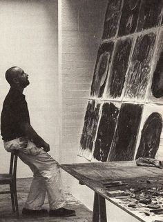 Georg Baselitz dans son atelier.