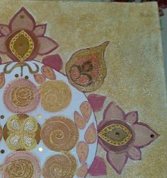 Details red gold mandala