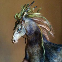 Aucune description de photo disponible. Animal Sculptures, Sculpting, Creatures, Horses, Dolls, Animals, Art, Portraits, Budget