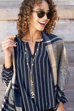 Bring back that cozy feeling. Step out this weekend in a blanket scarf wrapped over your shoulders to maintain that laid-back weekend mood. #StylistTip