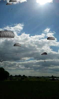 Screenshot from app Layer. This a picture from the airborne in Oosterbeek.