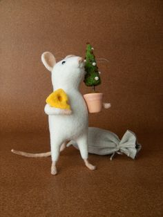 Christmas Mouse  Needle Felted Miniature by felttess