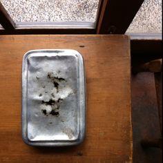 アルミの弁当箱。