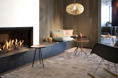Fireplace Bookshelves, Bedroom Fireplace, Home Fireplace, Modern Fireplace, Feature Wall Living Room, Living Room Tv, Home And Living, Contemporary Fireplace Designs, Cosy Home