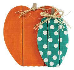 Pallet Pumpkins -Click through for project instructions.