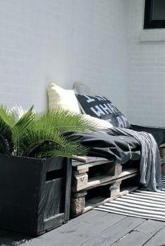 °°Une banquette simple et pas chère pour une terrasse ou un jardin°°