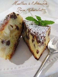 Moelleux à l' Amande, Poire - Chocolat No Cook Desserts, Lemon Desserts, Dessert Recipes, Pear And Chocolate Cake, Biscuit Cake, Round Cakes, Afternoon Snacks, Sweet Cakes, Coffee Cake