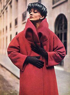 Madeleine de Rauch 1952 Winter Coat, Fashion Photography