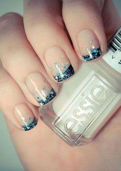 Unghie french manicure estate 2013 - French scura con glitter turchese