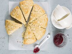 A new twist on the tea-time favourite with the delicious ginger scones recipe. South African Recipes, Ethnic Recipes, Cupcake Cream, Homemade Scones, Sausage Rolls, Your Recipe, Tasty Dishes, Food Inspiration