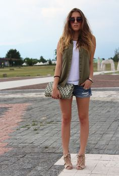 37 Fashionable Combinations With Shorts - Fashion Diva Design