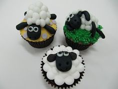 shaun the sheep cupcakes... so cute