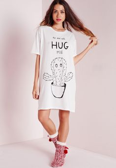 Missguided - No One Will Hug Me Slogan Sleepshirt White