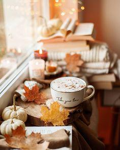 Coffee Love, Coffee Break, Fall Wallpaper Tumblr, Autumn Cozy, Autumn Witch, Autumn Instagram, Autumn Aesthetic, Cozy Aesthetic, Autumn Photography