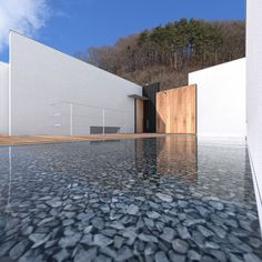 水谷嘉信建築設計事務所 『諏訪湖畔の家』  https://www.kenchikukenken.co.jp/works/1358224723/1/  #architecture #建築