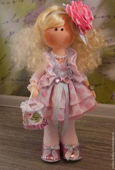 Коллекционные куклы ручной работы. Ярмарка Мастеров - ручная работа Текстильная кукла ручной работы Викуля. Handmade.