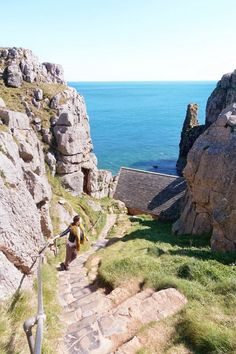 From sea kayaking with seals to puffin spotting on Skomer Island, here are the best things to do in Pembrokeshire. This Welsh county is truly a hidden gem! Highlands, Pembroke Wales, Sightseeing London, Wales Country, Wales Holiday, Wales Flag, Pembrokeshire Wales, Luxury Travel, Travel Uk
