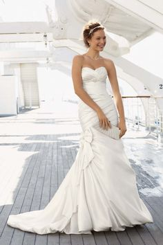 David's Bridal Collection - David's Bridal Collection Style V3204