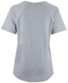 Mitchell & Ness Women's Oklahoma City Thunder Score V-Neck T-Shirt - Gray L