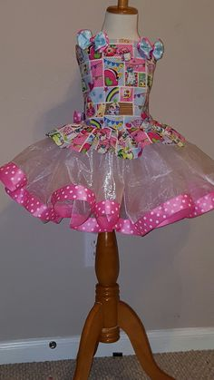 This listing is for a Shopkins theme tutu. Tutu is made of tulle and Corset is made of Shopkins fabric to match. Let your child's imagination run wild with this colorful fun tutu set. To ORDER: Select