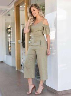 Cute Fashion, Fashion Pants, Hijab Fashion, Fashion Dresses, Sleeves Designs For Dresses, Western Dresses, Jumpsuits For Women, Stylish Outfits, Thalia