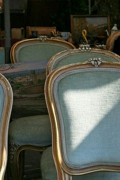 French furniture chair ceilings 36 New Ideas French Furniture, Antique Furniture, Painted Furniture, Furniture Design, Antique Chairs, Italian Furniture, French Decor, French Country Decorating, Cama Shabby Chic