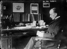 Max Planck's desk