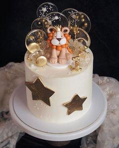 Baby Boy Birthday Cake, Cute Birthday Cakes, Baby Boy Cakes, Cupcake Cakes, Cupcakes, Dessert Oreo, Creative Birthday Cakes, Lion Cakes, Amazing Cakes
