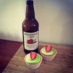 Strawberry & Lime Rekorderlig cupcakes with Lime Cream Cheese frosting