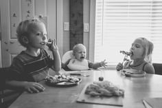 Documentary Family Photography Vancouver BC - Alyssa Kellert Photography