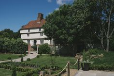 Houchins. Coggeshall, Essex - An an elegant Grade 2* listed farmhouse with beautiful grounds