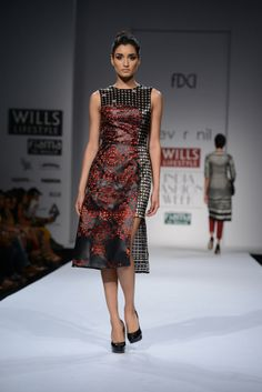 DEV R NIL AT WILLS INDIA LIFESTYLE Pops of bold color in an otherwise somber palette with exciting prints and experimental shapes and cuts by designer duo DEV R NIL Shop their previous collection at http://www.perniaspopupshop.com/designers-1/dev-r-nil #devrnil #designer #willsindiafashionweek #fashionweek #amazing #delhi #perniaspopupshop #happyshopping #fabulous