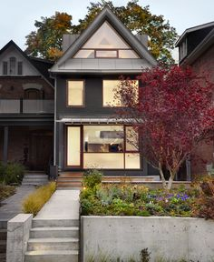 Dwell - Not Your Grandma's Victorian