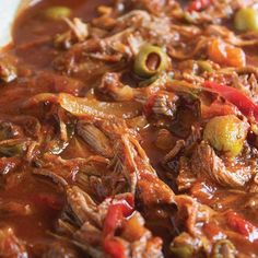 ⭐️ ROPA VIEJA is on the blog today!! It's the national dish of Cuba and it's slow cooked tender beef in a tomato based sauce that is FULL OF FLAVOR!! ⭐️ RECIPE LINK @cocoandash