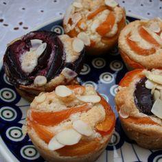 Muffinki migdałowe z morelami. Bez glutenu, bez skrobi, bez cukru. – Bezglutenowe jadło.