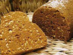 El #gofio es una harina muy ligera que se obtiene tostando primero el grano del millo (#maíz), del trigo y de otros cereales e incluso del garbanzo