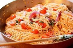 The Best Homemade Garlic Pasta Recipes on Yummly Garlic Recipes, Pasta Recipes, New Recipes, Cooking Recipes, Favorite Recipes, Healthy Recipes, Fall Recipes, Recipies, Tomato Basil Pasta
