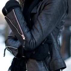 Leather Jacket!!! Que 10 esta jaqueta...adoro zipers!