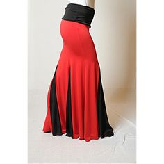 Falda Flamenco Ensayo 001A.  68€ Dance Costumes, Belly Dance, Dance Wear, High Waisted Skirt, Sewing Projects, My Style, Clothes Refashion, Swimwear, How To Wear