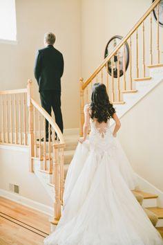 Glamorous wedding dress; Photo: Onelove Photography