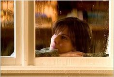 Sandra Bullock as Kate Forster in The Lake House Inspirational Movies, House Windows, Slice Of Life, Moving Pictures, Sandra Bullock, Keanu Reeves, Movie Tv, Mona Lisa, Artist
