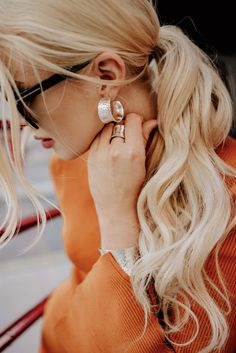Check out or unique Raya Collection for an on trend look this autumn/ winter. Perfect for making a statement! Matching Rings, Unique Bracelets, Annie, Pearl Earrings, Autumn, Pure Products, Winter, Check, Collection