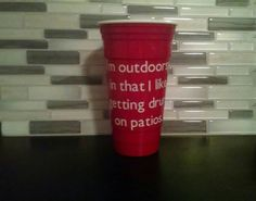 BPA FREE! 32 ounce. Double wall insulated. Sweat proof. Dishwasher safe.  Thanks for visiting our shop! These cups are perfect for gift giving, summer parties, tailgating, and backyard barbeques! All packages are shipped USPS first class mail, 2-5 day delivery.  If you would like an item made that you do not see listed, please dont hesitate to send us an email to see if we can accommodate you! Follow us on Instagram @southerngal.sass to stay updated on all of our sales, events, and new…